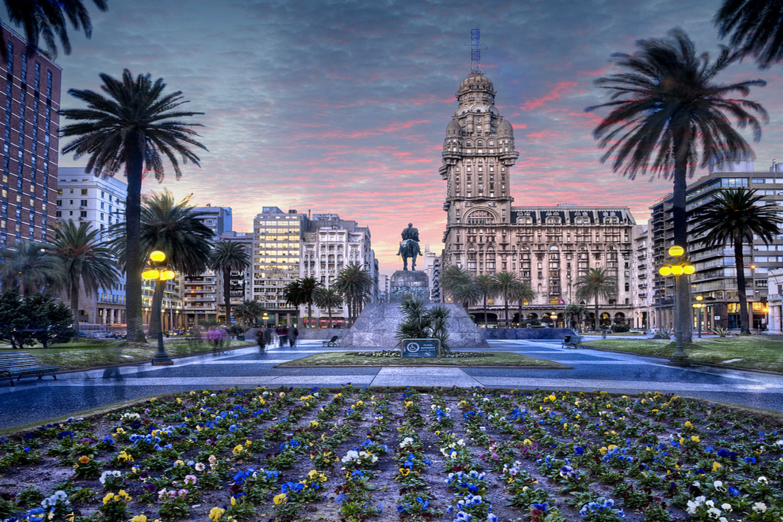 https://media01.bnesim.com/wp-content/uploads/2018/05/experience-montevideo-uruguay-1ad4b9998fbce78bf83d7db2798a922f.jpg