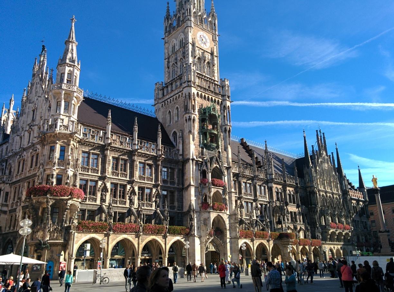 Celebrate Oktoberfest 2018 In Munich With BNESIM Europe